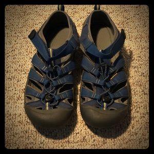 Men's Keen Sandals - size 7 (9 women's)